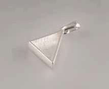 Pendant Triangle with bail 26x17x19 mm