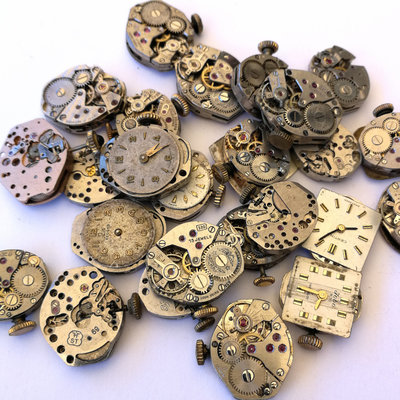 Clockwork, set of 4 pieces